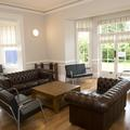 Sitting room in Mansion House (Summertown)