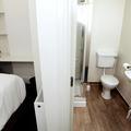 Walton Street 140 bedroom and bathroom